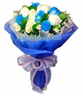 12 Blue and White Roses